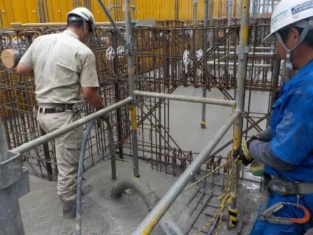 6.基礎耐圧盤コンクリート打設.jpg