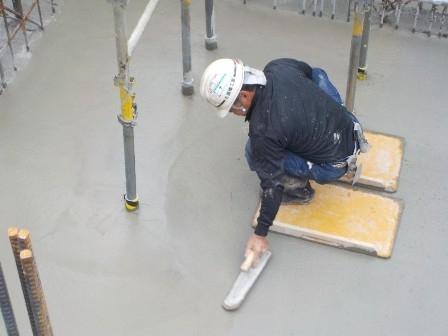 7.基礎耐圧盤コンクリート押さえ.jpg