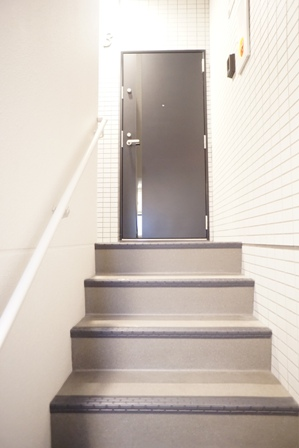 階段-03.JPG