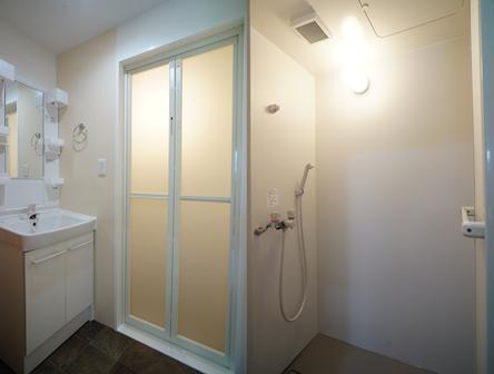 シャワールーム111111111111111.png